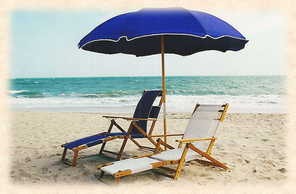 Metal Frame Beach Umbrella With Wood Pole