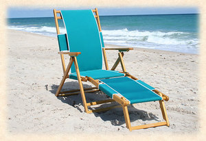 Oak Folding Beach Chair with Legrest