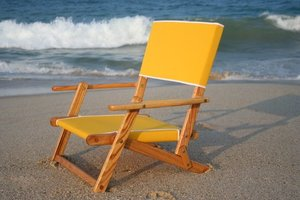 Exceptionnel Oak Folding Mini Sand Chair